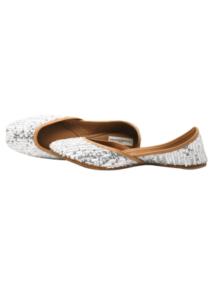 Aaoka Punjabi Juttis for Women